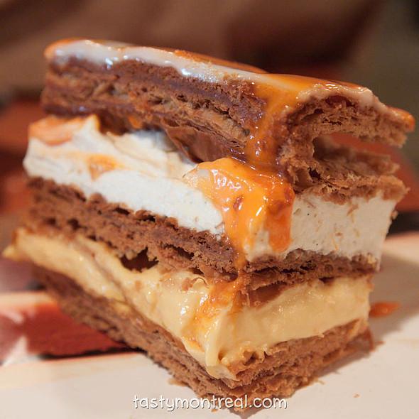Squash layered cake @ Cabane à sucre au pied de cochon