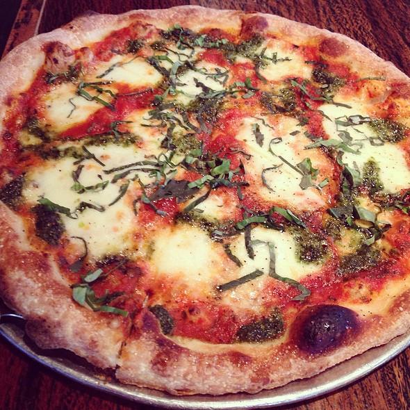 pizza pomodoro - Racks Downtown Eatery + Tavern, Boca Raton, FL