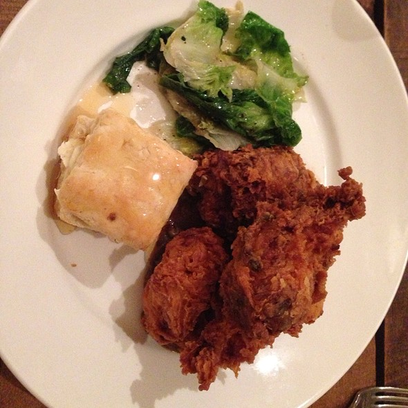 Fried Chicken and Biscuit @ Citizen's Band