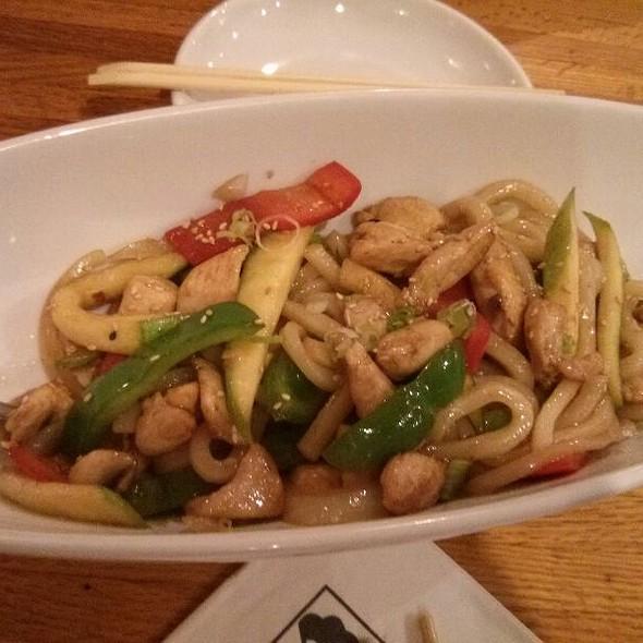 Chicken Teriyaki Udon Noodles @ Yuraku Japanese Restaurant