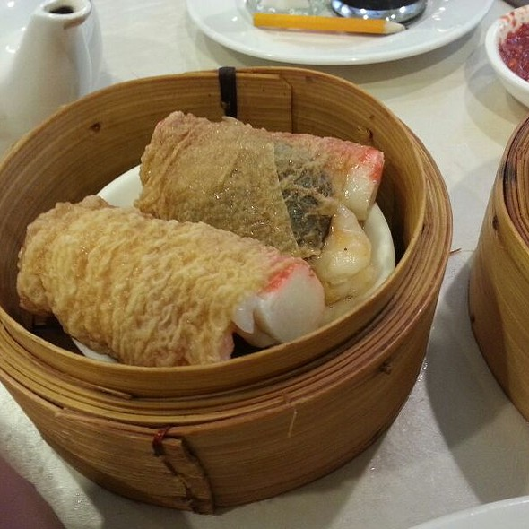 Bean Curd Skin Roll with Seafood