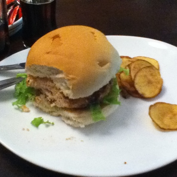Salmon burger @ Vintage
