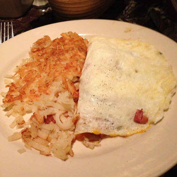 egg white omelette @ Grand Lux Cafe