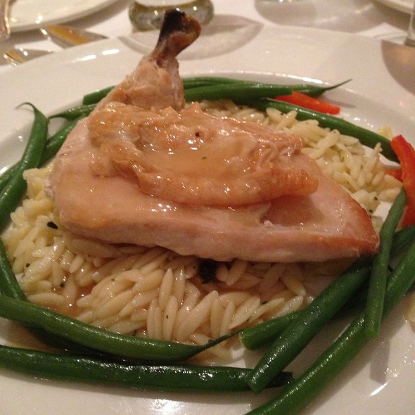 Chicken With Haricot Verts And Garlic Orzo