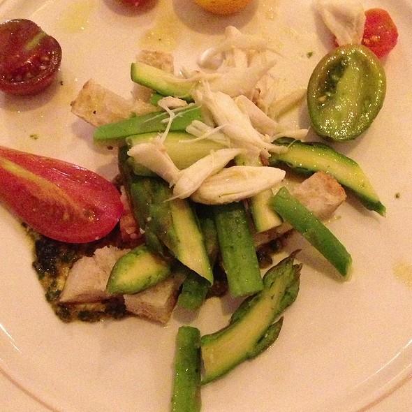 Asparagus Tomato Panzanella Lump Crab Pistou And Lemon Oil @ Southerly Restaurant and Patio