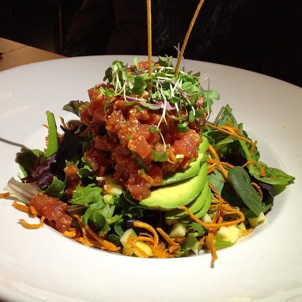 Ahi Salad @ Blackwood