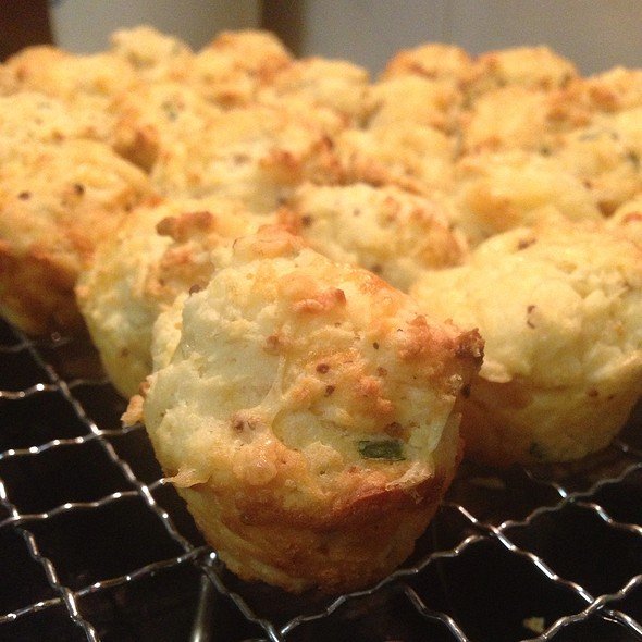 Cheese And Chive Muffins @ Home RevCar