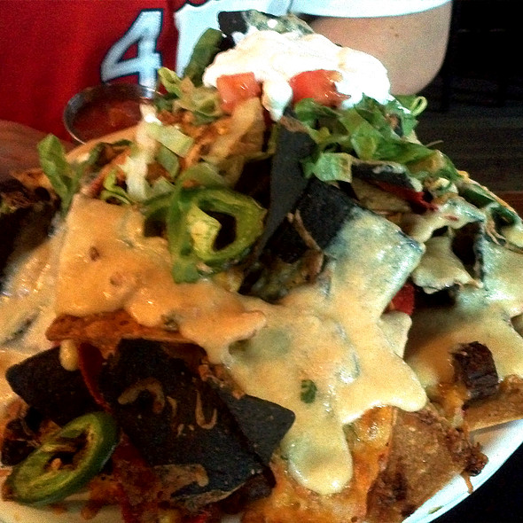 Black & Tan Nachos  - Square One Brewery & Distillery, St. Louis, MO