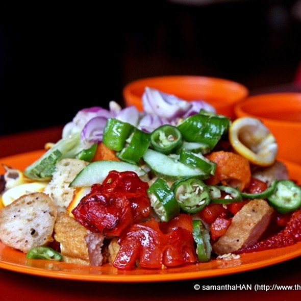 Indian Rojak @ Albert Complex Food Centre