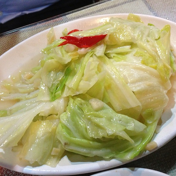 Stir Fried Cabbage @ 滇味廚房