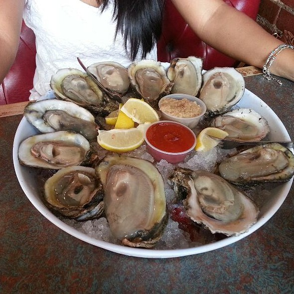 Oysters @ Big Fish Seafood Grill & Bar