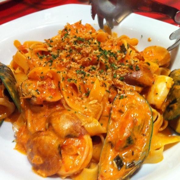 Seafood Pasta El Diablo @ Krazy Garlik