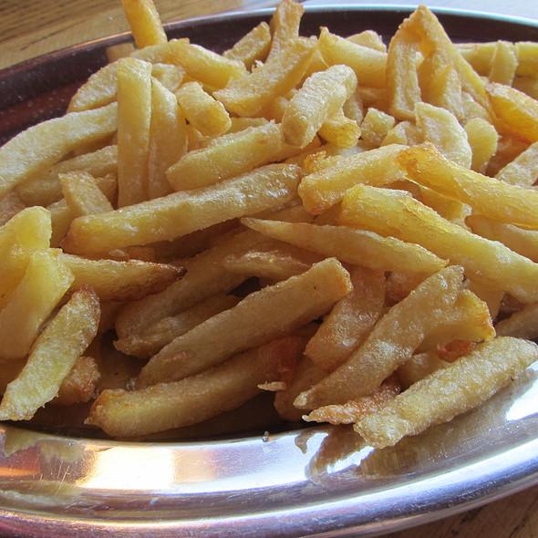 Pommes Frites @ Konoba Kopačina