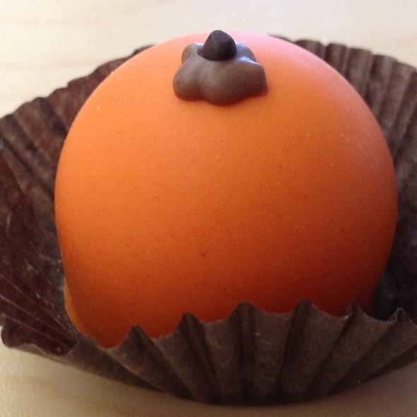 Moonstruck Chocolates @ Market District