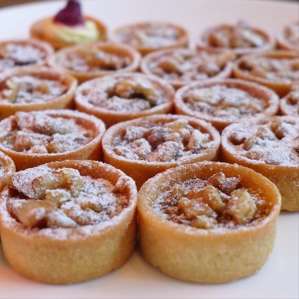 Raspberry Pecan Tarlettes @ Market Cafe Hyatt Regency Qingdao