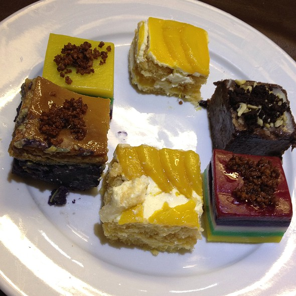 A Collection Of Native Desserts @ XO 46