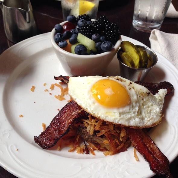 Hangover Burger - Driskill Grill - Driskill Hotel, Austin, TX