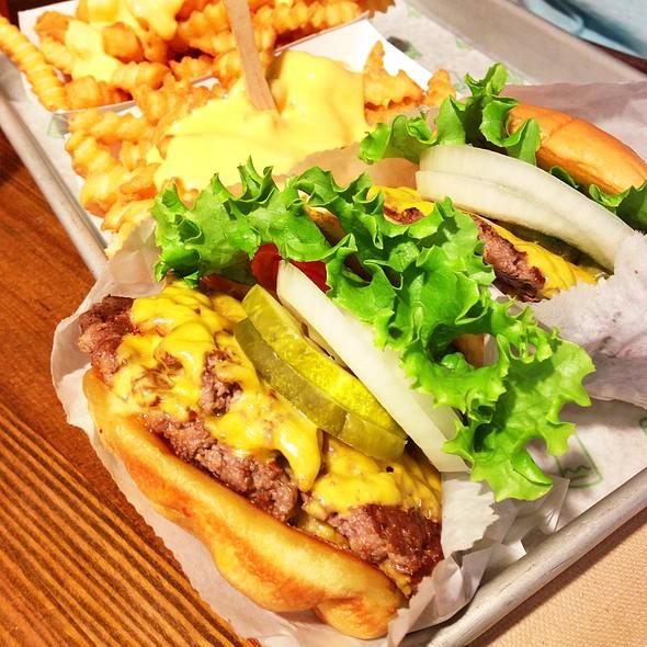 Double Shack Burger @ Shake Shack DC