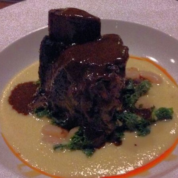 Coffee-Chipotle Shortribs @ Row 14 Bistro & Wine Bar