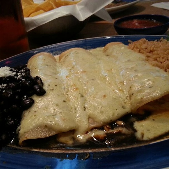 Enchiladas Suizas @ On the Border Mexican Grill
