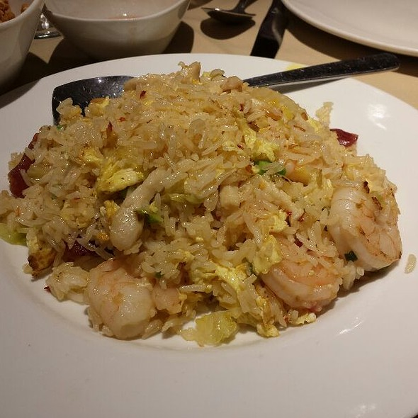 """Special """"Young Chow"""" Fried Rice - Pearl East, Manhasset, NY"""
