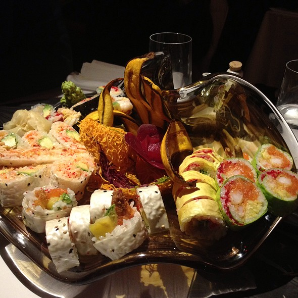 Sushi Platter @ Fu.shi