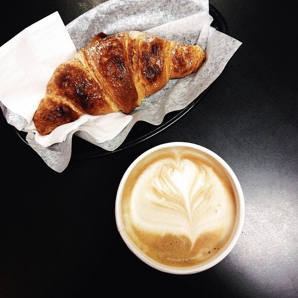 Cornetti And Caffe Latte @ Cafferia 360