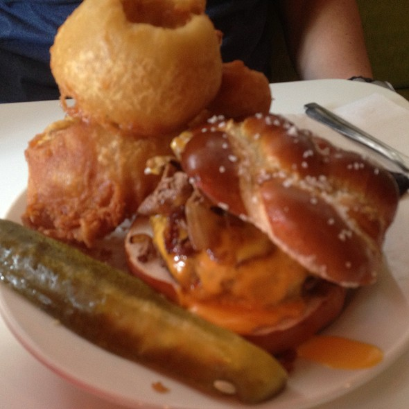 Cheesesteak Pretzel Roll Burger @ PYT