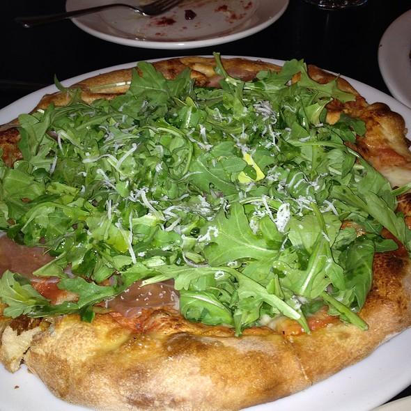 Arugula Pizza @ Cucina Bella