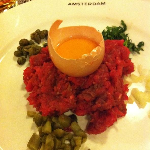 steak tartare @ Café-Restaurant Amsterdam B.V.