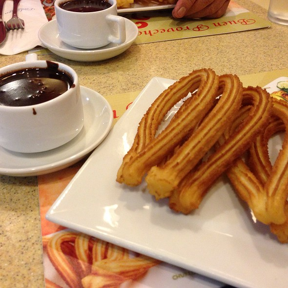Churros con Chocolate @ Dulcinea
