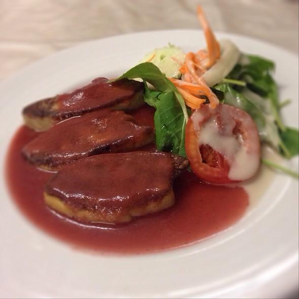 Grill Foie Gras With Rocket Salad