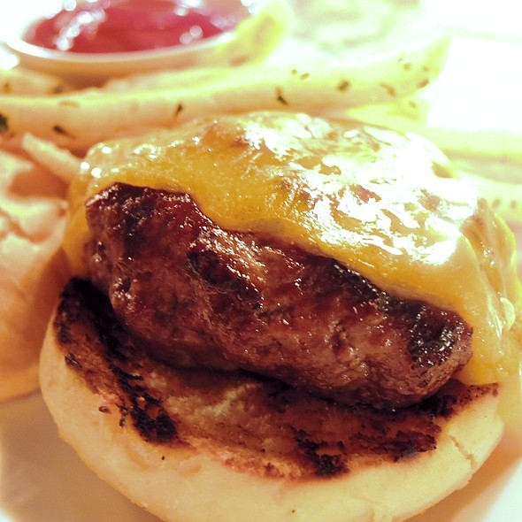 Mini Cheese Burger & Fries - WA Frost & Company, Saint Paul, MN
