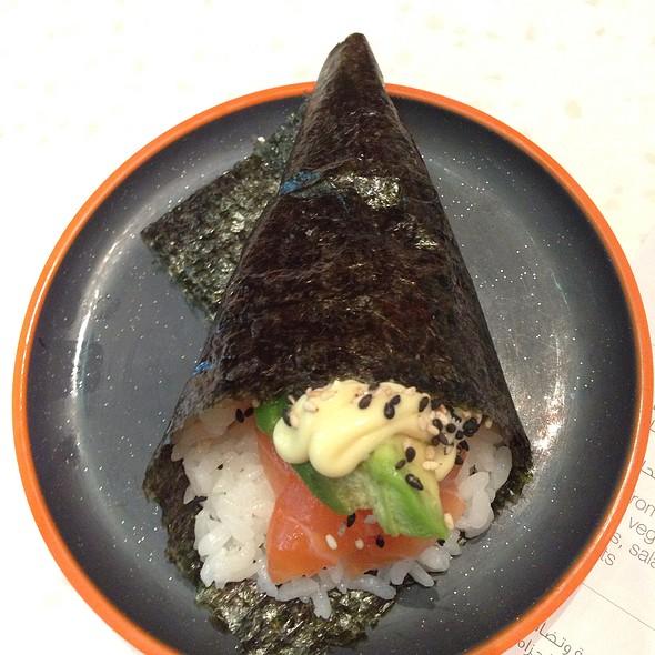 Salmon And Avacado