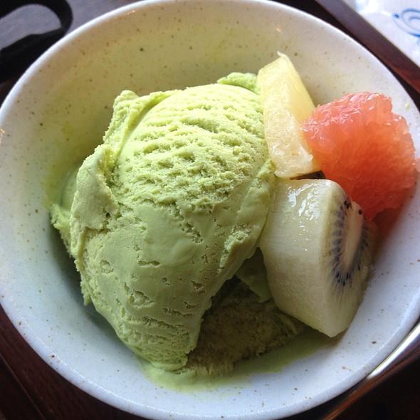 Green Tea Ice Cream @ Kawaguchi