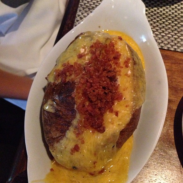 Baked Potato With Bacon