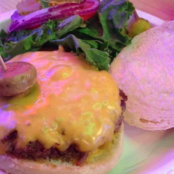 Joe's Fresh Ground Beef Steak 4Oz @ Joe's Cable Car Restaurant