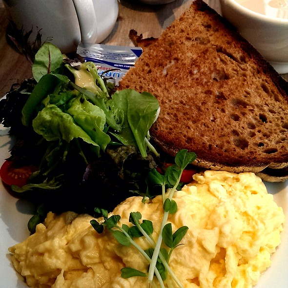 Scrambled Eggs On Toast @ Le Pain Quotidien