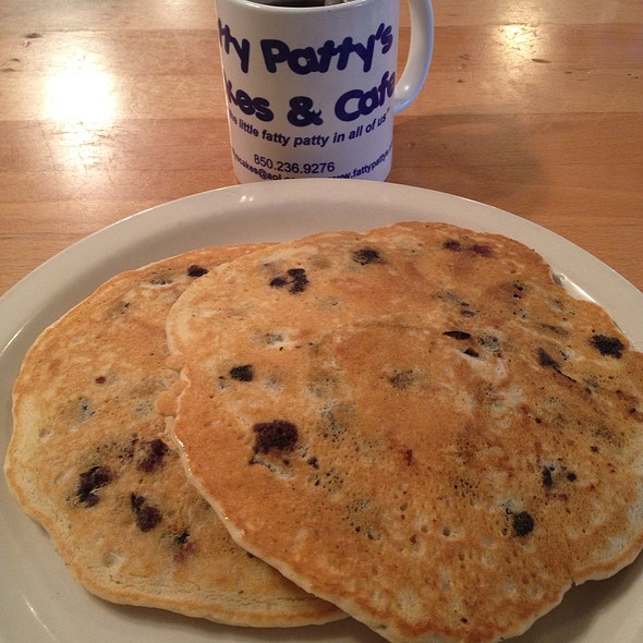 Blueberry Panca @ Fatty Patty's Cakes & Cafe