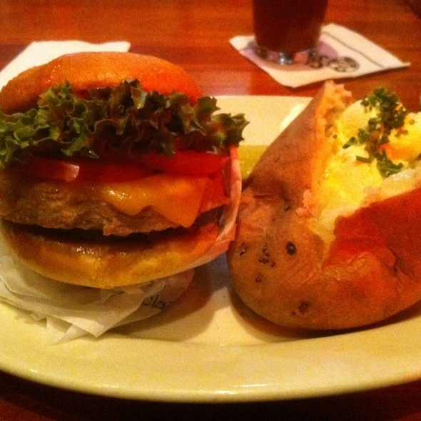 Boca Cheeseburger @ Claim Jumper Restaurant