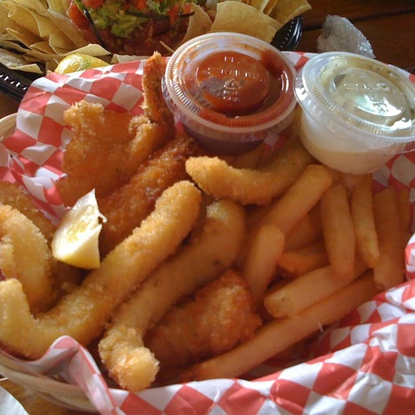 Uncle's Combo @ Uncle's Fishmarket & Grill