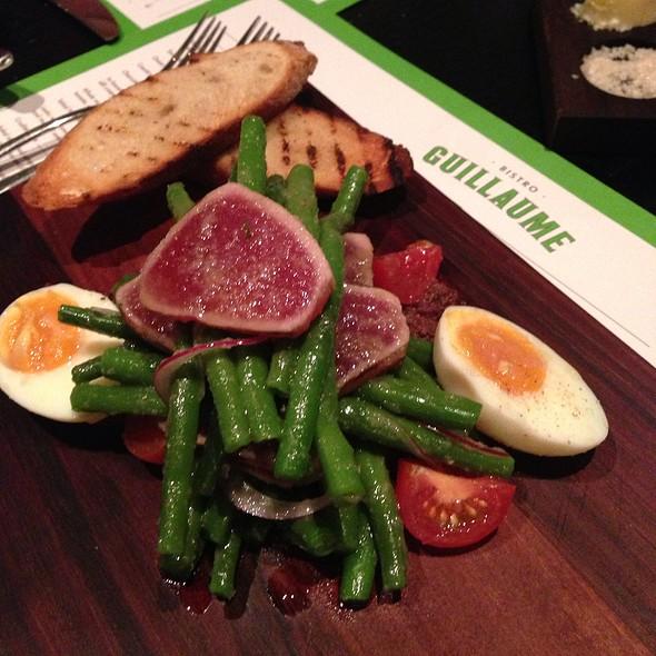 Niçoise salad @ Bistro Guillaume