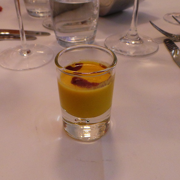 Squash soup with Cocos and Curry @ Schorn