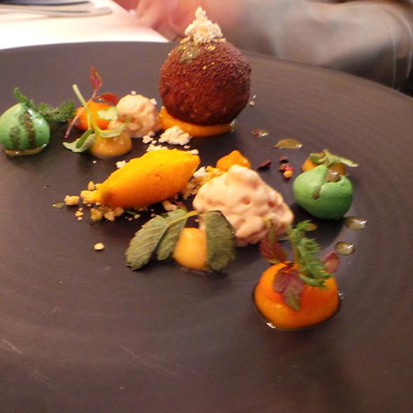 Foie gras, Pumpkin, Peanut, Chocolate @ Schorn