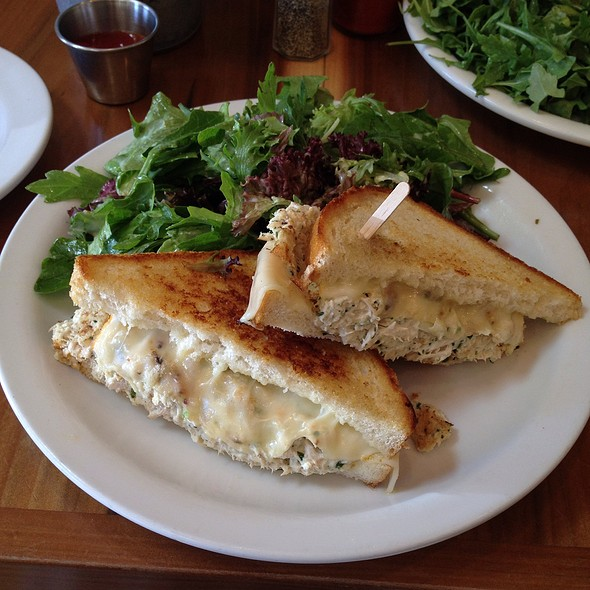White Albacore Tuna Melt @ Eat Chow