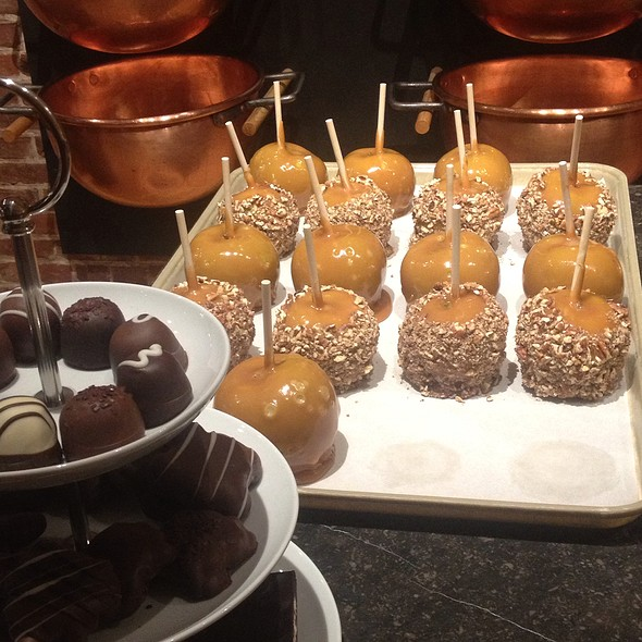 Caramel Apples @ Lake Champlain Chocolates