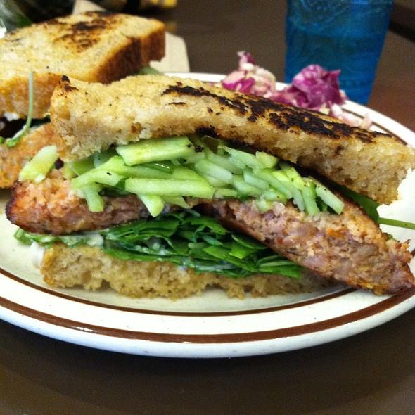 Laos Sausage Sandwich