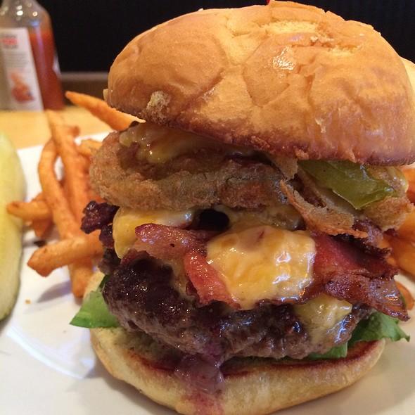 Grass-Fed Burger @ King Neptune