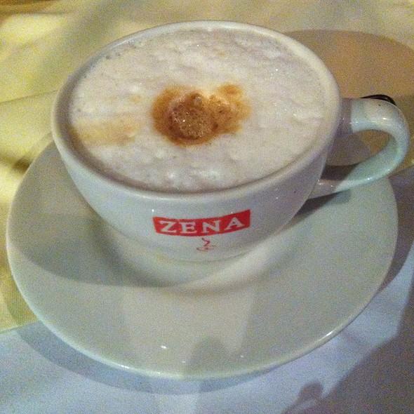 Cappuccino @ Brujas de Cachiche
