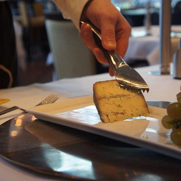 Cheese - Renoir, Montréal, QC
